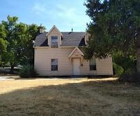 Building, 295 N 400 E
