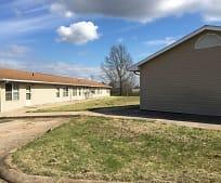 709 E Woodland St, Belle, MO