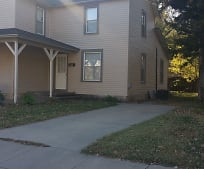 409 N Walnut St, Newton, KS