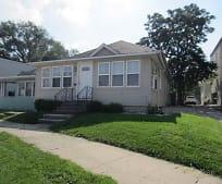 Building, 306 E Illinois St
