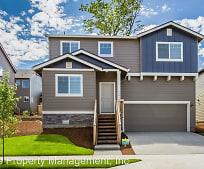 Building, 2607 NE Hawthorne Cir