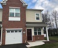 145 Savoth Ln, Woodbridge, NJ