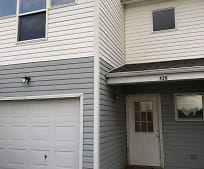 418 Hawthorne Cir, Blue Hill, NE