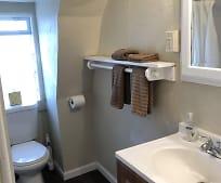 Bathroom, 237 Kinne St