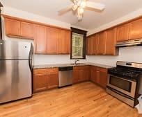 Kitchen, 850 W Wellington Ave