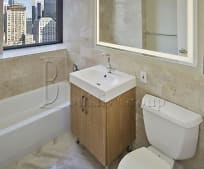Bathroom, 100 Battery Pl
