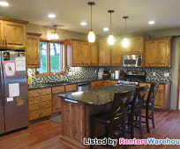 Kitchen, 525 4th St NE