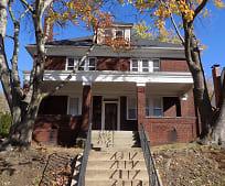 1632 Victoria Ave, New Kensington, PA