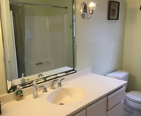 Bathroom, 105 Trowbridge Rd