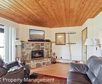 300 Bay Point Dr, Whitefish, MT