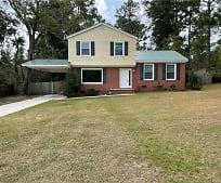 812 E Donaldson Ave, Raeford, NC