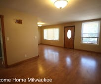 331 E Deer Pl, Bay View, Milwaukee, WI
