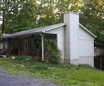 43 Black Twig Rd, Linden, VA