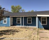 Building, 109 N Belleview St