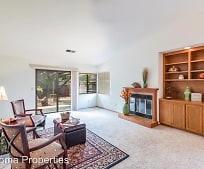 Living Room, 920 5th St W