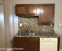 Kitchen, 202 N Garnavillo St