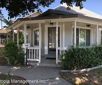 423 E 8th St, Mira Loma, CA