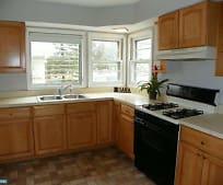 Kitchen, 206 Dickinson Rd