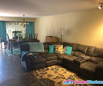 Living Room, 676 Lakewood Dr
