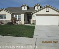 3261 S Rose Brook Dr, Riverbank, CA