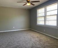 Living Room, 211 Hicks Pl