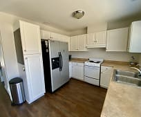 Kitchen, 311 Carriage Dr