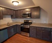 Kitchen, 543 Hanover St