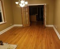 Living Room, 29 N Long Ave