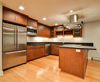 632 W Barry Ave, Lakeview, Chicago, IL