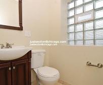 Bathroom, 933 N Waller Ave
