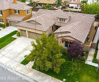 29091 Falling Water Dr, Romoland, CA