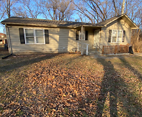 8608 Pence Ln, Pleasant Valley, MO
