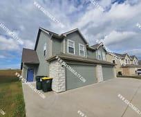 16814 Sheehan Rd, Bonner Springs, KS