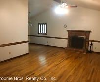 Living Room, 2116 Autumn Oaks Ln