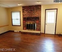 Living Room, 7387 Winding Way
