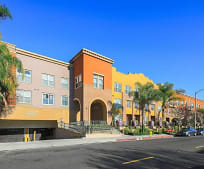 Building, 89 E Commonwealth Ave