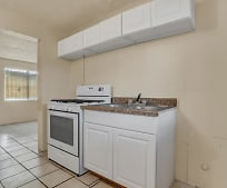 Kitchen, 4709 Maxwell Ave