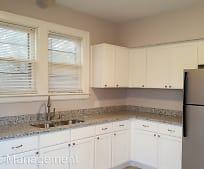 Kitchen, 515 Summit Ave