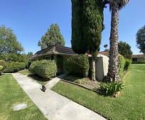 23565 Los Adornos, Lake Forest, CA