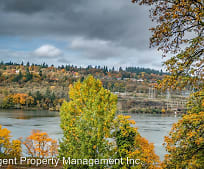 205 3rd Ave, Oregon City, OR