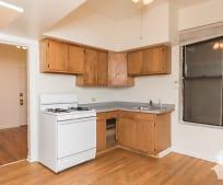 Kitchen, 900 S Loomis St