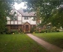 214 Stewart Ave, Garden City, NY