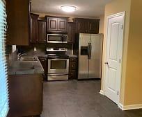 Kitchen, 329 Lakeview St