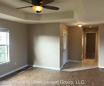 Living Room, 576 Carriage Crossing
