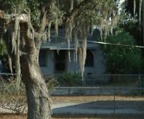 2423 E Magnolia St, Inwood, FL