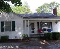 513 Atkinson St, Laurinburg, NC
