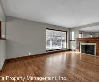 Living Room, 5803 Lansdowne Ave