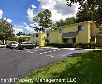 610 Fairways Cir, Lake Weir High School, Ocala, FL