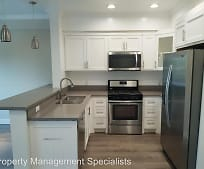Kitchen, 14915 Roscoe Blvd