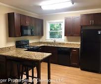 Kitchen, 270 Riggs Dr